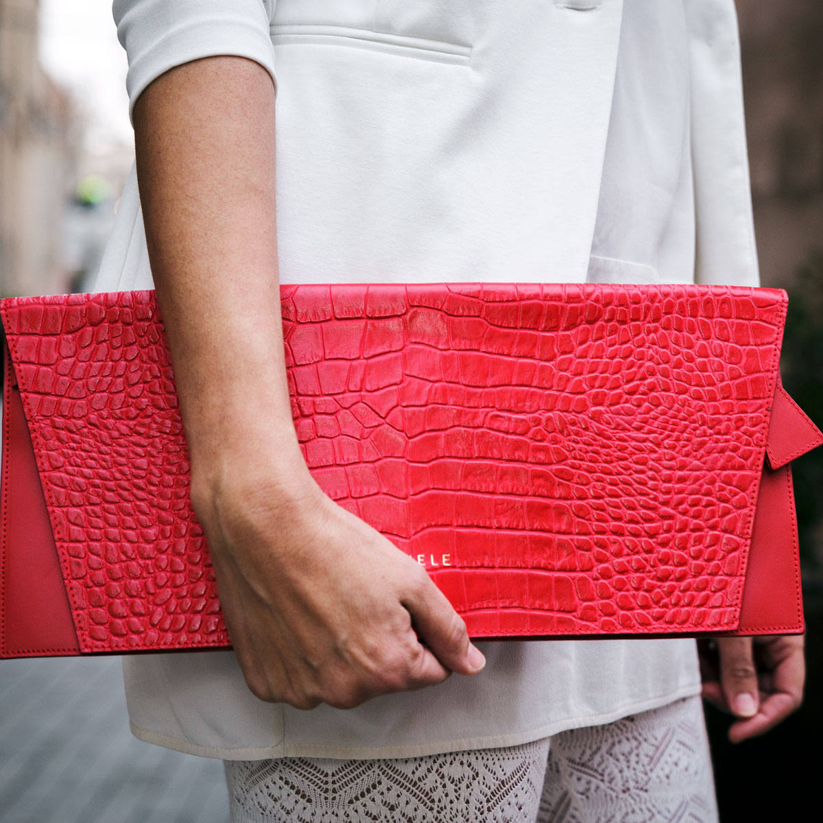 clutch-vanele-rojo-red